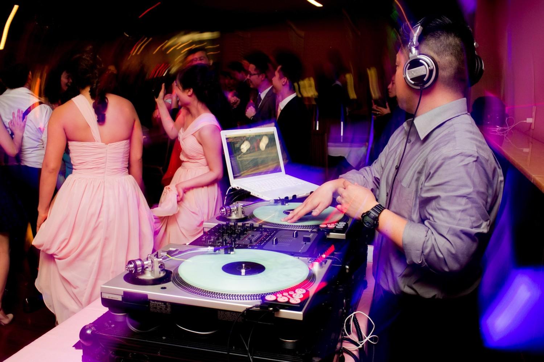 Comment choisir un bon DJ pour un mariage ?
